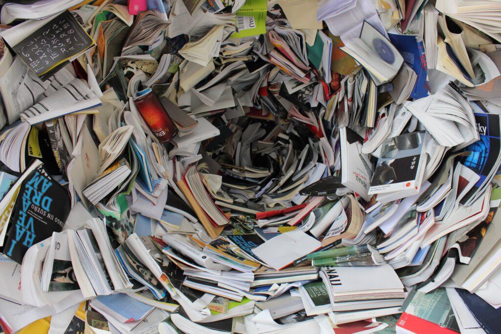 Strudel aus Büchern repräsentiert Sprache